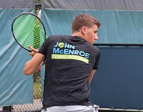 Program John McEnroe Tennis Academy (JMTA) for Ages 9 and Up