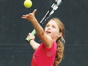 Program Junior Tennis Kinetics - Ages 10+  (or players who have progressed to green or yellow ball)